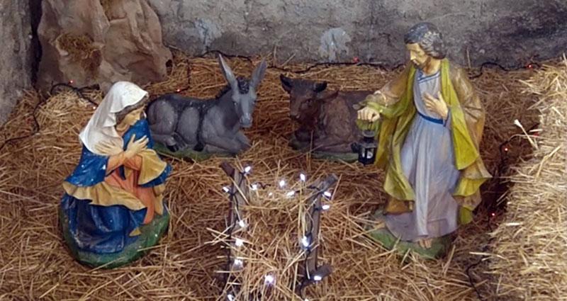 Scopri il Santuario della Madonna del Rosario di TAGLIAVIA - Il presepe permanente nel chiostro